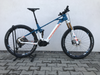 "Mondraker Crafty Carbon RR 29"" 2020, carbon/light blue/flame red, L - testovací bicykel"